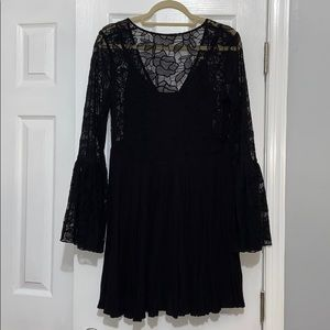 Size M Free People Black Flowy Dress